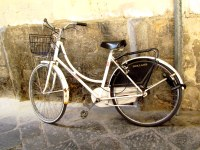 "What's the Italian equivalent of ""Huffy""?"