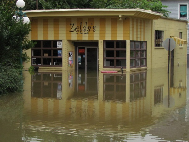 Zelda's, mid-flood.