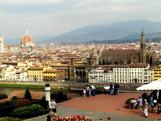 Florence and the Tuscan mountains, from the Piazzale Michelangelo.